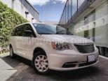 Foto venta Auto usado Chrysler Town and Country 5p Limited V6/3.6 Aut (2013) color Blanco precio $169,000