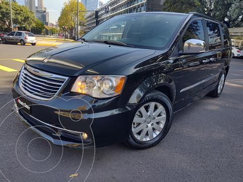 Chrysler Town and Country Limited usado (2013) color Negro precio $2.990.000