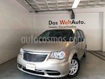 Foto venta Auto usado Chrysler Town and Country Li 3.6L (2015) color Beige precio $218,000
