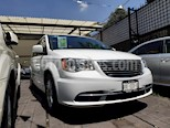 Foto venta Auto usado Chrysler Town and Country Li 3.6L (2016) color Blanco precio $300,000