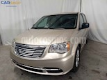 Foto venta Auto usado Chrysler Town and Country Li 3.6L (2016) color Dorado precio $193,900