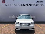Foto venta Auto usado Chrysler Town and Country Limited 3.6L (2016) color Blanco precio $254,900