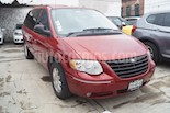 Foto venta Auto usado Chrysler Town and Country Limited 3.8L Aut (2005) color Rojo precio $105,000