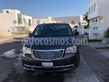 Foto venta Auto usado Chrysler Town and Country Limited 3.8L Aut (2014) color Gris precio $270,000