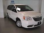 Foto venta Auto usado Chrysler Town and Country LX 3.6L (2013) color Blanco precio $190,000