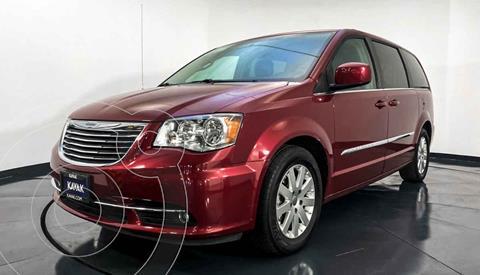 foto Chrysler Town and Country Touring Piel 3.6L usado (2016) color Rojo precio $317,999