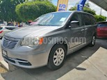foto Chrysler Town and Country Li 3.6L usado (2015) color Plata precio $195,000