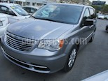 Chrysler Town and Country Li 3.6L usado (2016) color Plata Martillado precio $180,000