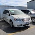 foto Chrysler Town and Country Limited 3.6L usado (2012) color Blanco precio $178,000