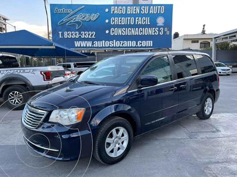 Chrysler Town and Country LX 3.6L usado (2012) color Azul precio $134,900