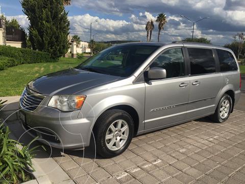 Chrysler Town and Country Touring Piel 3.6L usado (2013) color Plata Martillado precio $176,300
