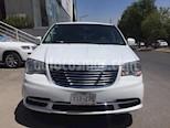 Foto venta Auto usado Chrysler Town and Country Touring 3.6L (2014) color Blanco precio $220,000