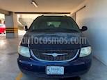 Foto venta Auto usado Chrysler Voyager 3.3L LX (Family Comfort) (2001) color Azul Electrico precio $60,000