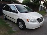 Foto venta Auto usado Chrysler Voyager 3.3L LX (Family Comfort) (2006) color Blanco precio $89,000