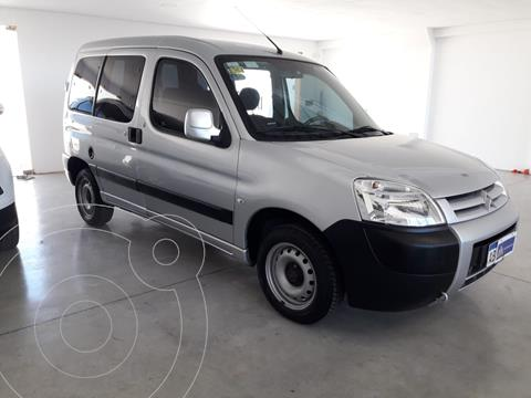 Citroen Berlingo Furgon 1.4 Business usado (2017) color Gris Aluminium financiado en cuotas(anticipo $750.000)