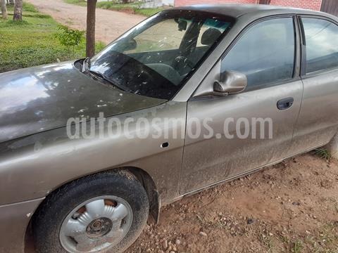 Daewoo Nubira II SEDAN S E011 1.6 Automatico usado (1998) color Bronce precio u$s1,700
