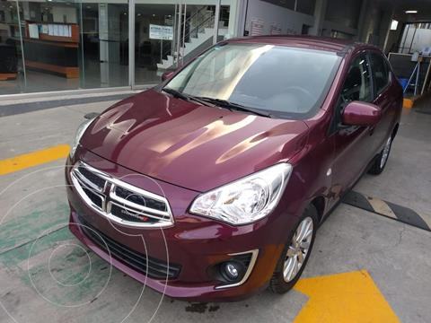 Dodge Attitude SXT usado (2020) color Rojo Cobrizo precio $227,000
