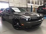 Foto venta Auto usado Dodge Challenger 2p Black Line V6/3.6 Aut (2016) color Gris precio $490,000