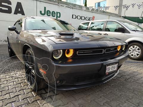 Dodge Challenger 3.6L Black Line ATX usado (2015) color Granito precio $425,000