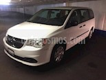 Foto venta Auto usado Dodge Grand Caravan 5p SE V6/3.6 Aut (2017) color Blanco precio $275,503