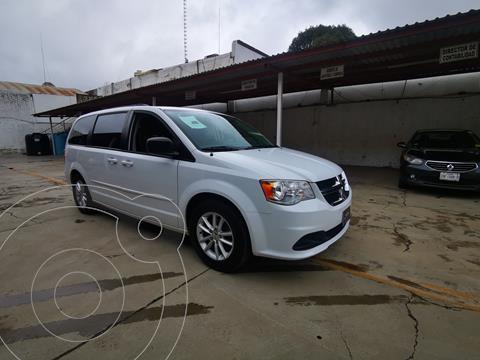 Dodge Grand Caravan SXT usado (2017) color Blanco precio $265,000
