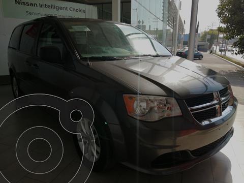 Dodge Grand Caravan SXT usado (2017) color Gris financiado en mensualidades(enganche $68,260 mensualidades desde $10,056)