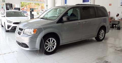 Dodge Grand Caravan SXT usado (2018) color Plata Dorado precio $339,900
