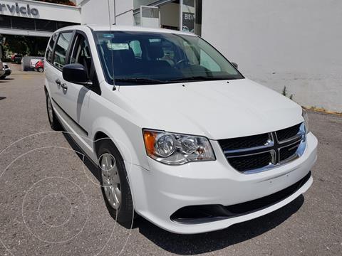 Dodge Grand Caravan SE TA usado (2017) color Blanco precio $285,000