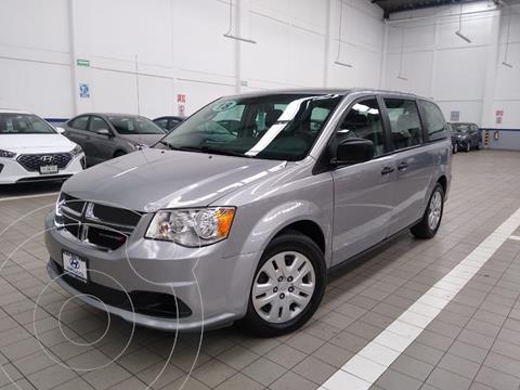 Dodge Grand Caravan SE usado (2018) color Plata Dorado precio $325,000