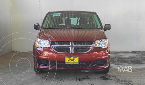 Dodge Grand Caravan SXT+ usado (2017) color Rojo precio $290,000