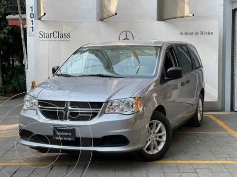 Dodge Grand Caravan SE usado (2019) color Plata precio $390,000