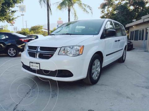 Dodge Grand Caravan SE usado (2017) color Blanco precio $245,000