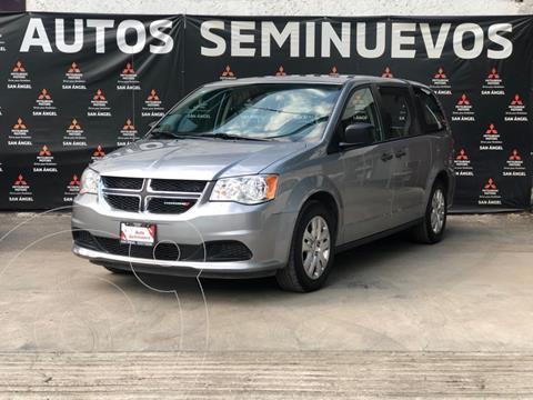 Dodge Grand Caravan SE usado (2018) color Plata precio $295,000