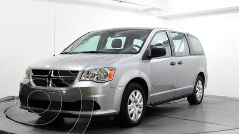Dodge Grand Caravan SE usado (2019) color Plata Dorado precio $257,370