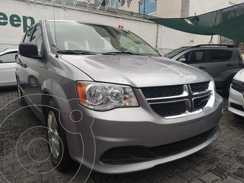 Dodge Grand Caravan SE usado (2019) color Plata Dorado precio $385,000