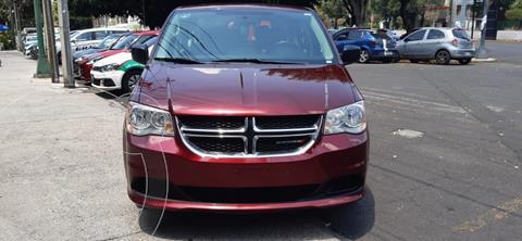 Dodge Grand Caravan SE usado (2017) color Rojo precio $257,000