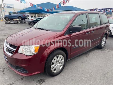 Dodge Grand Caravan SE usado (2017) color Rojo precio $219,000