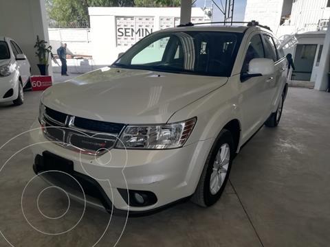 Dodge Journey SXT 2.4L 7 Pasajeros Lujo usado (2018) color Blanco precio $328,000