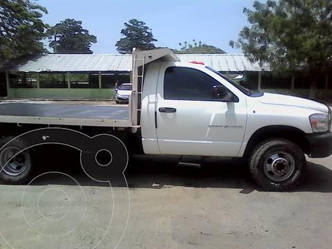 Dodge Ram 4000 Regular Cab usado (2009) color Blanco precio u$s9.000