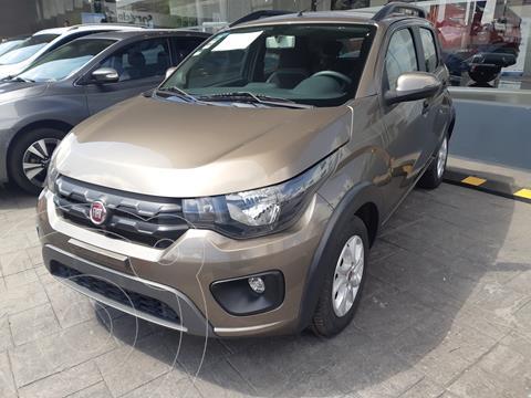 Fiat Mobi Way usado (2018) color Plata Bari financiado en mensualidades(enganche $46,000 mensualidades desde $3,200)
