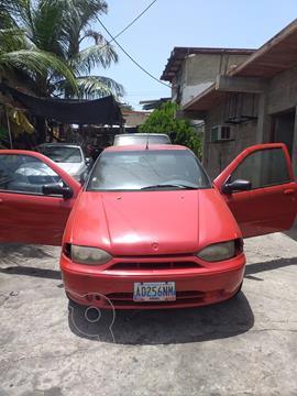 Fiat Palio Fire 1.6 16v 3p L4,1.6i,16v S 2 1 usado (1999) color Rojo precio u$s1.000