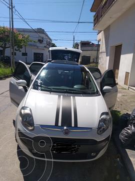 foto FIAT Punto 5P 1.4 Attractive usado (2015) color Blanco Banchisa precio $810.000