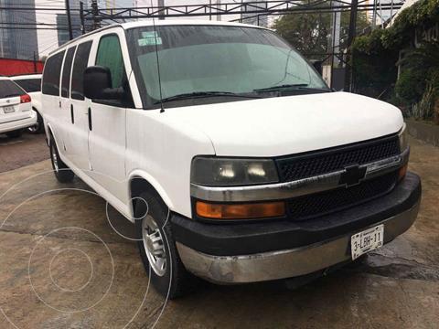 Ford Econoline E-350 Wagon 5.4L V8 (15 Pasajeros) usado (2010) color Blanco precio $189,000