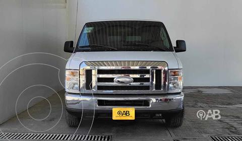 Ford Econoline E-350 Wagon 5.4L V8 (15 Pasajeros) usado (2014) color Blanco precio $310,000