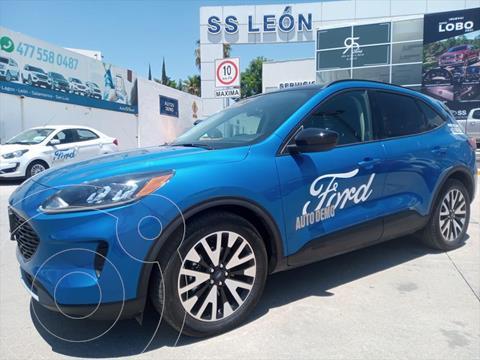 Ford Escape TITANIUM ECOBOOST 2.0L usado (2020) color Azul precio $678,000