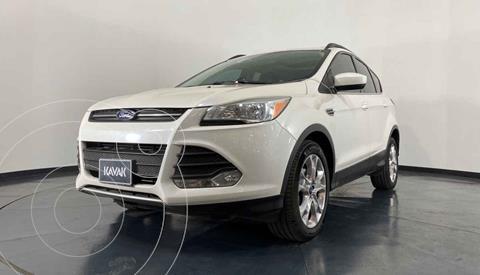Ford Escape SE Plus con techo panoramico usado (2013) color Blanco precio $204,999
