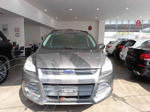 Ford Escape SE Plus usado (2014) color Gris precio $230,000