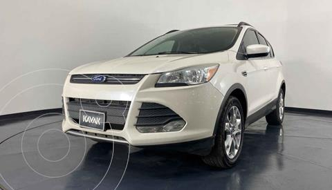 Ford Escape SE Plus usado (2013) color Blanco precio $214,999