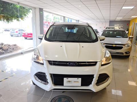 Ford Escape Titanium usado (2016) color Blanco precio $299,900