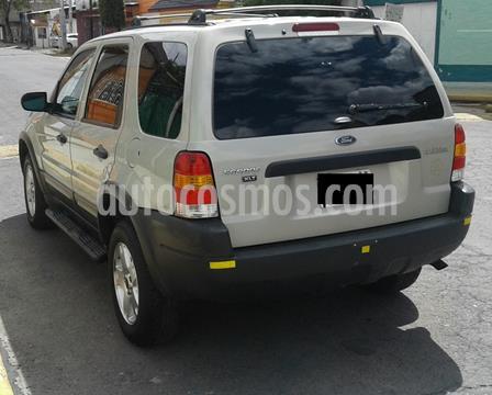 Ford Escape XLT 3.0L V6 usado (2004) color Gris precio $73,200